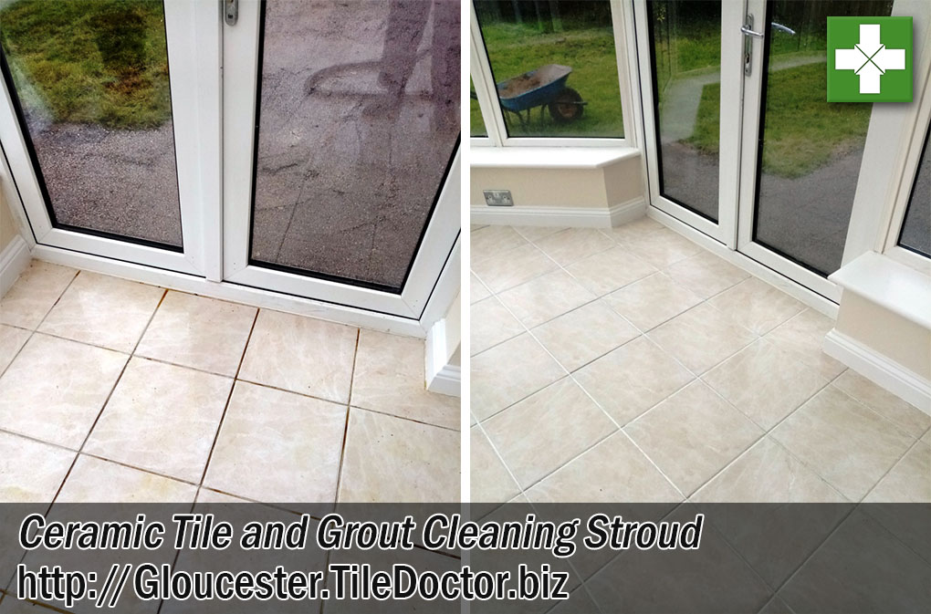 Ceramic-Tile-End-Of-Tenancy-Before-After-Cleaning-Stroud